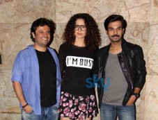 Bollywood celebs at special screening of Queen Photos