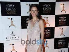 Celebs stuns at L Oreal Paris Femina Women Awards 2014 Photos
