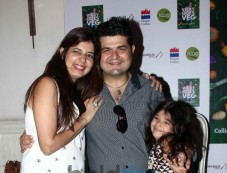 Daboo and Manisha Ratnani during launch Photos
