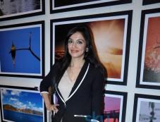 Divya Khosla Kumar at photography exhibition Photos