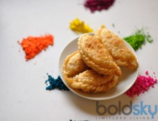 Holi Special Dry Fruit Gujiya Recipe Photos