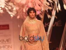 LFW 2014 Tarun Tahiliani Show Photos