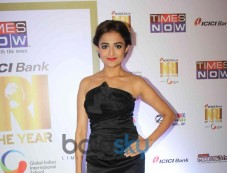 Monali Thakur at NRI of the year Awards Ceremony Photos