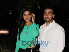 Shilpa Shetty and Raj Kundra snapped at yauatcha restaurent in bandr Photos
