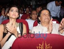 Sonam Kapoor launch Kuch Dil Ne Kaha ghazal album Photos