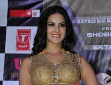 Sunny Leone at Ragini MMS 2 success celebration Photos