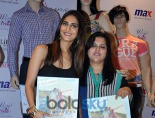 Vaani Kapoor unveils Max Summer 2014 collection Photos
