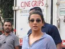 Vidya Balan snappedl at Mehboob studio bandra Photos