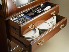 5 Best Ideas For Setting Up Crockery Cabinet Photos