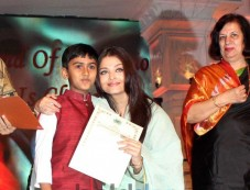 Aishwariya Rai Bachchan at Musical concert Photos