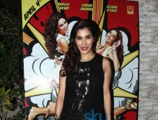 Sophie Chaudhary at Mai Tera Hero and Ragini MMS 2 success party Photos