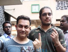 Celebs snapped casting their Votes at bandra Photos