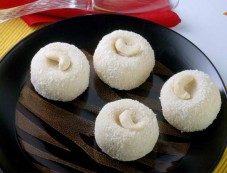 Coconut Laddoo Photos