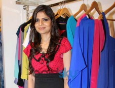 Sonya Vazifdar at Sonya Vazifdar new collection launch Photos