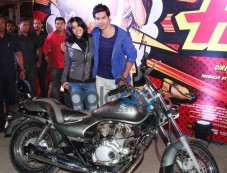 Varun Dhawan and Ekta Kapoor during Main Tera Hero promotion Photos