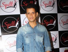 Bollywood celebs at launch of Spill Bar at Andheri Photos