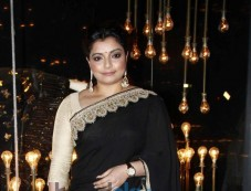 Celebs at Launch of Diva'ni Store Photos