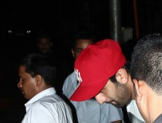 Ranbir Kapoor snapped at Restaurent in Bandra Photos
