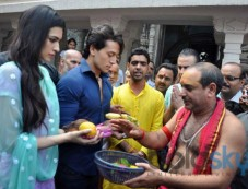 Tiger Shroff and Kriti Sanon snapped at Temple Photos