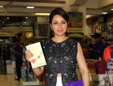 Tisca Chopra Launches Kiran Manral Book Photos