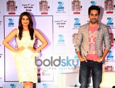 Aayushman Khurana and Parineeti chopra at  Zee TV's Cinestars Ki Khoj Photos