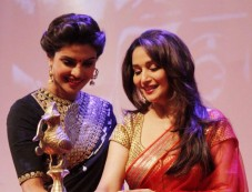 Priyanka Chopra and Madhuri Dixit stunns at Dilip Kumar Autobiography Launch Photos
