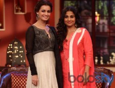 Dia Mirza and Vidya Balan at Comidy Nights during Film Promotion Photos