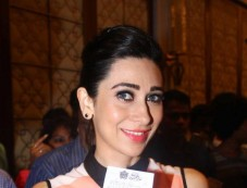 Karisma Kapoor stuns at Jackpot Winners Announcement Photos