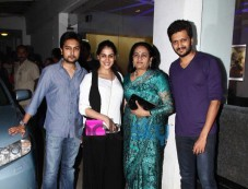 Riteish Deshmukh hosted a screening of Ek Villain Photos