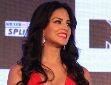 Sunny Leone stuns at MTV Splits Villa Press Meet Photos