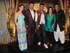Akshay Kumar and Tamannaah Bhatia during Film Promotion Photos