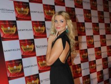 Celebs stuns at Retail Jeweller India Awards 2014 Photos