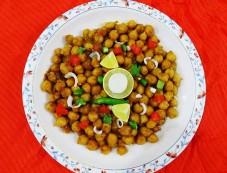 Khatta Meetha Chana Chaat For Ramadan Photos