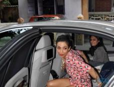 Malaika Arora Khan stuns at Savvy Magazine Unveil Photos