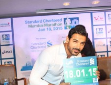 Standard Chartered Mumbai Marathon 2015 Press Conference Photos