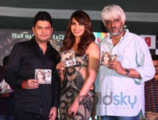 Bhushan Kumar, Bipasha Basu and Vikram Bhatt Photos
