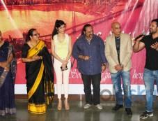 Principal Jagmeet Madan, Divya Khosla Kumar, Lesle Lewis, Salim Asgarally, Mudasir Ali Photos