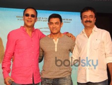 Vidhu Vinod Chopra, Aamir Khan, Rajkumar Hirani Photos