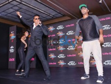 Akshay Kumar Dare to Dance Press Conference Photos