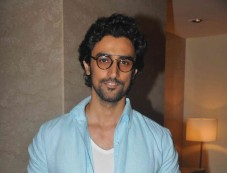 kunal kapoor Photos