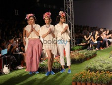 Wills India Fashion Week- Pero By  Aneeth Arora Photos