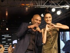 Gaurav Gupta Show At Blenders Pride Fashion Tour 2014 Photos