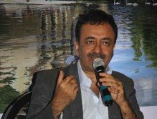 Rajkumar Hirani Talks At The Presentation Of Film PK In Bruges Photos