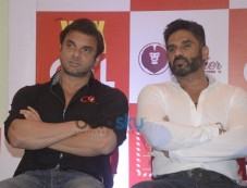 Sacin Josha And Suniel Shetty Photos