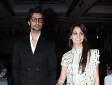 Actor Kunal Kapoor Marries Amitabh Bachchan's Niece Naina Bachchan.  Photos
