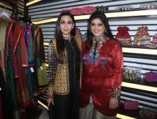 Karisma Kapoor Launches Fashion Designer Anjali Jain's Store Photos