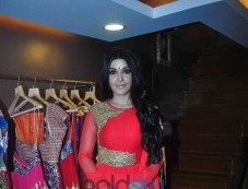 Koena Mitra Inaugurated Designer Gagan Kumar's Store In Santacruz Photos