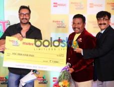Ajay Devgan Judges Hajmola Open Mic Contest At Novotel Juhu Photos