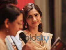 Sonam Kapoor Going Ethnic In A Knee-Length Anarkali For A  Poetry Event Photos