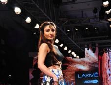 Lakme Fashion Week 2015 BABITA M- DAY 03- SHOW 05 Photos